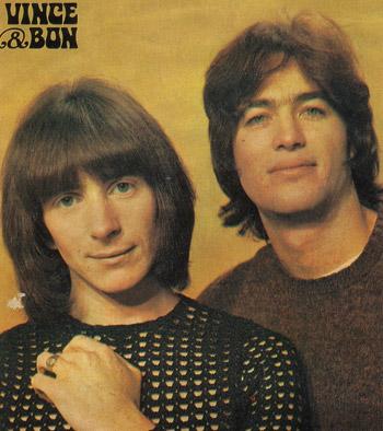 Bon Scott e Vince Lovegrove