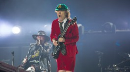 AC/DC. Axl Rose/Angus Young. Lisboa 2016.