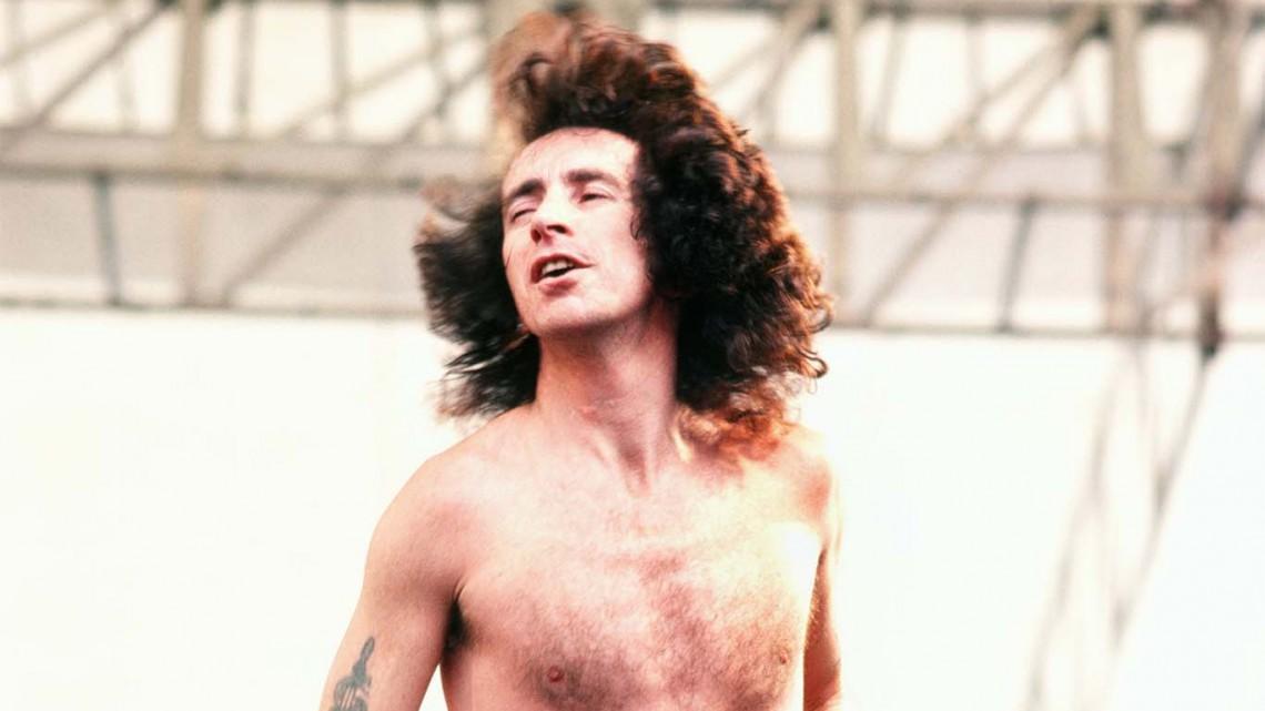 Bon Scott. AC/DC.
