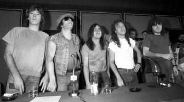 AC/DC na entrevista coletiva do Rock In Rio de 1985. © Renata Falzoni