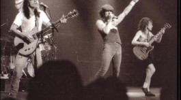 Entrevista de Brian Johnson para Rock Brigade