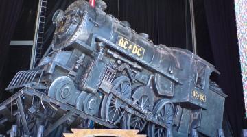 Trem do Rock n' Roll - AC/DC