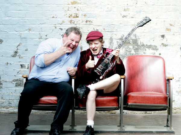 Guido Karp e Angus Young. 2008.