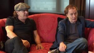 Brian Johnson e Angus Young durante as sessões de entrevista em novembro de 2014.