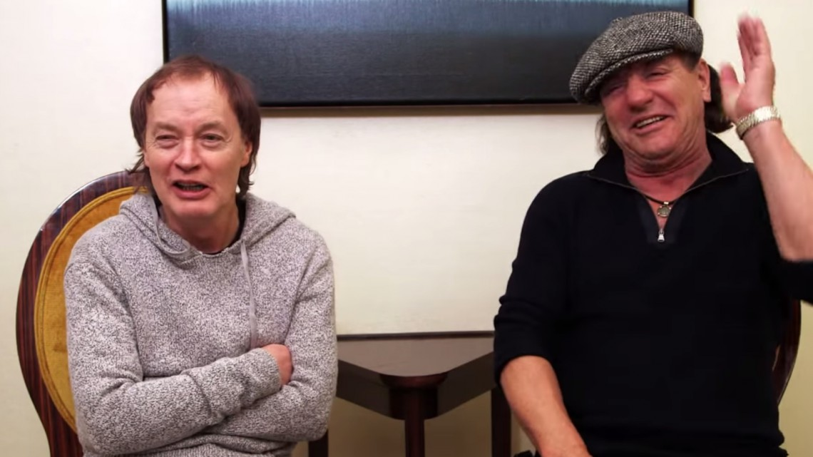 Angus Young e Brian Johnson. AC/DC.