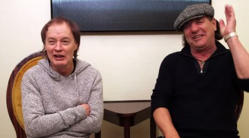 Angus Young e Brian Johnson. AC/DC.