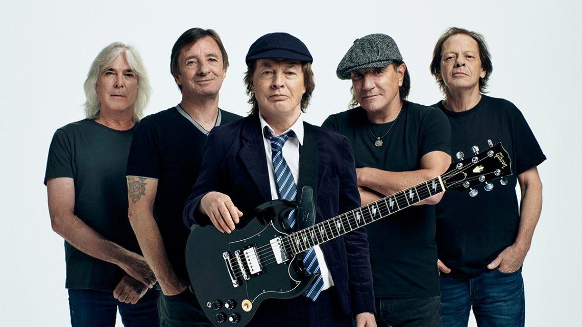 Angus Young diz que novo álbum do AC/DC é homenagem ao Malcolm Young