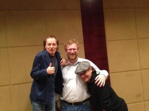 AC/DC com o jornalista Michael Hann do The Guardian. 2014.