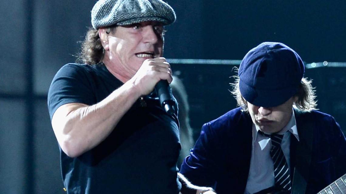 Brian Johnson e Angus Young. Grammy 2015