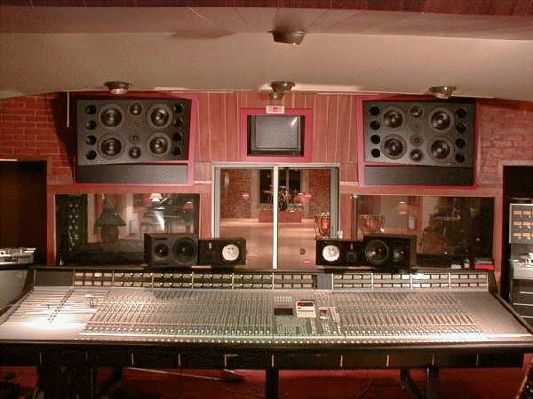 Mesa de mixagem SSL. Miraval Studio.