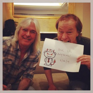 Cliff Williams e Angus Young. Reddit 2014.