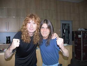 Dave e Malcolm Young - 2000