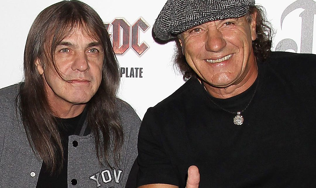 Brian Johnson e Malcolm Young. 2011.