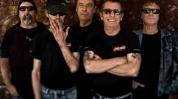 Phil Rudd Band. 2017.