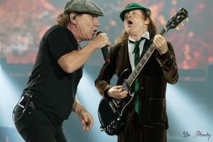 AC/DC durante a apresentação no  Magnetic Hill na cidade de Moncton, no Canadá. © Allan Zilkowsky