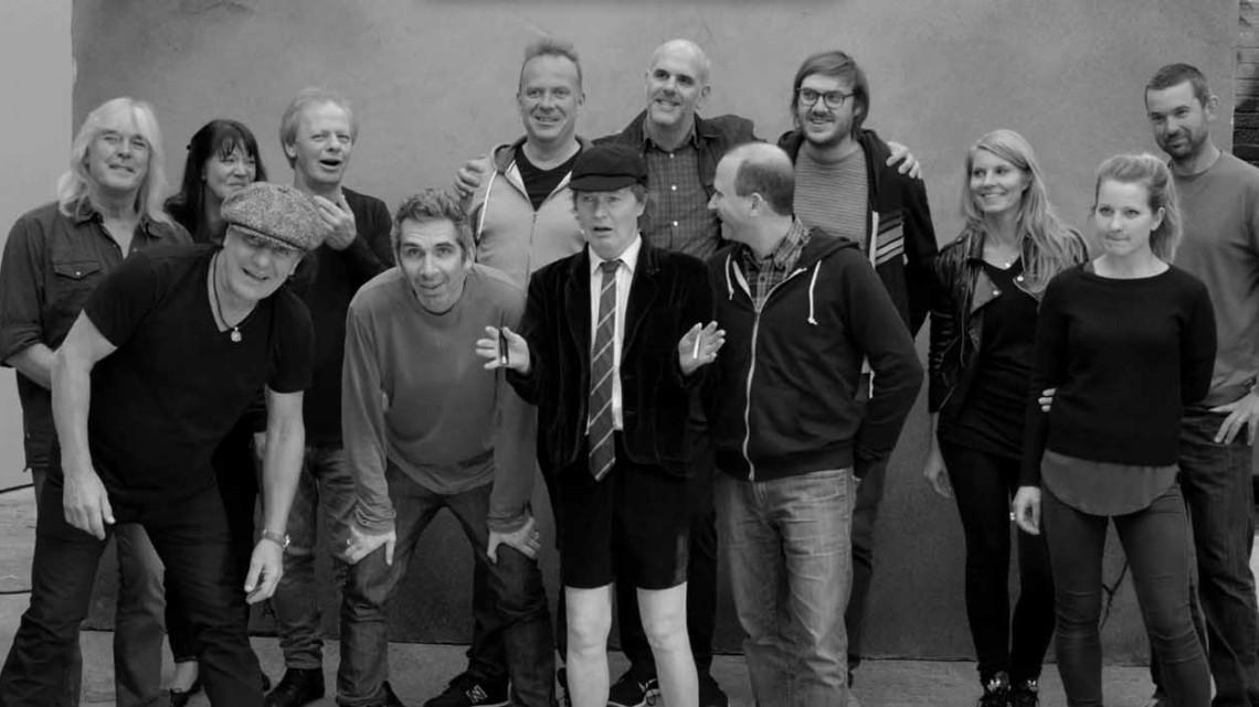 Sessão de fotos AC/DC. 2014;